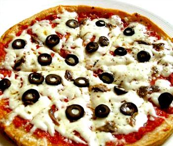 blackOlivesPizza